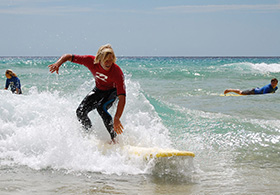 little-fun-waves-in-the-surf-lessons