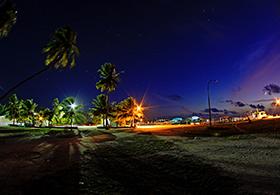 Surfing-Maldives-Himmafushi-Surf-Villa_ (1)