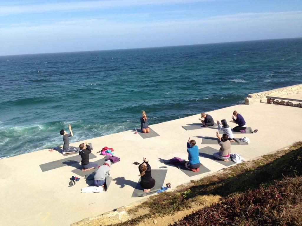 Surf-, Kletter- und Yogacamp bei Sintra : Portugal